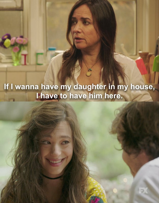 This season, Sam's still trying to balance, ya know, an unbelievable amount of stuff. From dealing with her teenage daughter (Mikey Madison) dating an older guy...