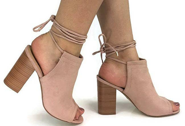 4bd77665e6892 27 Comfy And Cheap Heels You Need In Your Closet Right Now