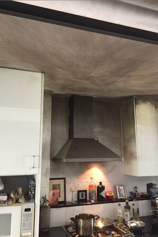 Black Soot On Kitchen Ceiling Cleaning