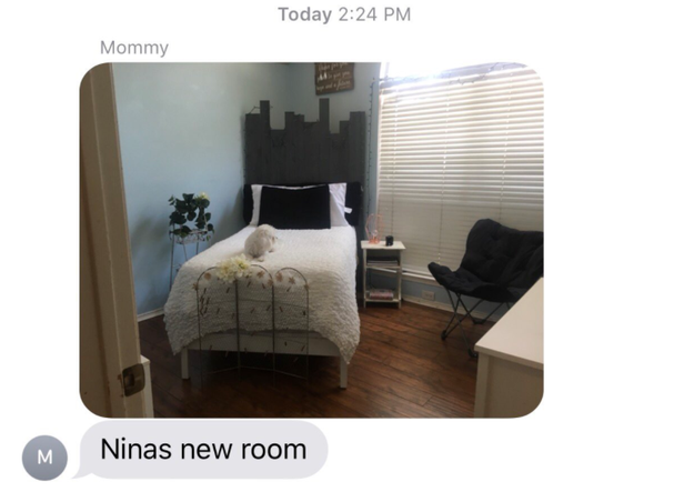 Maddie moved out last month to start her freshman year, and recently came home for the weekend. Her mom had joked that she was going to turn her room into a room for Nina. Maddie thought her mom was kidding. Until she sent her this: