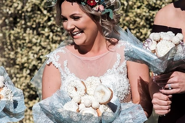 This Bride Had A Bouquet Made Of Doughnuts On Her Wedding Day And It's Deliciously Adorable