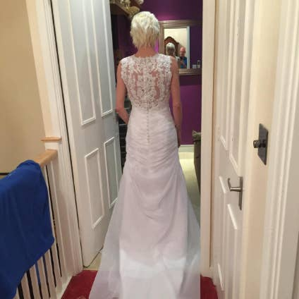 Here\'s What Amazon Wedding Dresses Look Like In Real Life