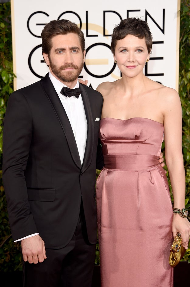 LEST YOU FORGOT, Jake's sister is actress Maggie Gyllenhaal, which means the scarf was ALLEGEDLY discarded in Maggie's Park Slope brownstone.