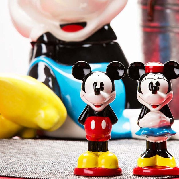 These Mickey and Minnie salt and pepper shakers will ~spice~ up any table.