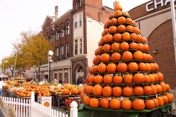 Dates: October 18-21Entry fee: Free of chargeOften billed as The Greatest Free Show On Earth, this annual event features all things pumpkin themed. Their schedule includes a giant pumpkin weigh-in, parades, concerts, and beauty pageants. Learn more here.