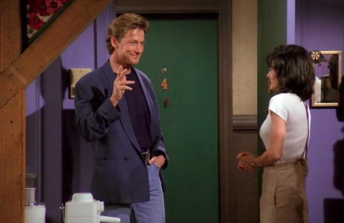 Paul (John Allen Nelson) and Monica (Courteney Cox).