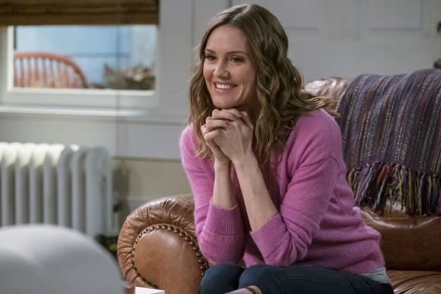 Viewers were expecting to find out how Donna (Erinn Hayes), the wife of the titular character (Kevin James) on CBS's Kevin Can Wait, would die since it was announced in June she'd be leaving the show.