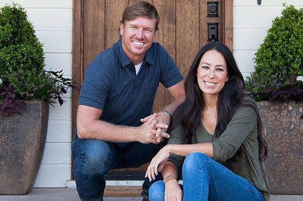 chip and joanna gaines just announced fixer upper is ending and fans are heartbroken. Black Bedroom Furniture Sets. Home Design Ideas