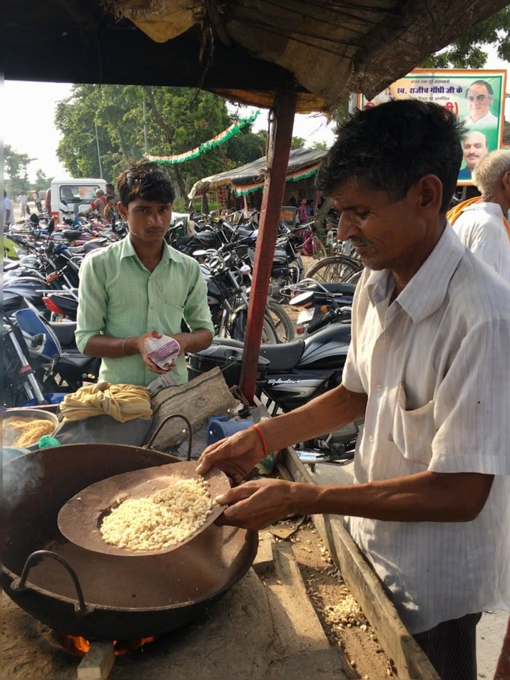 Roadside roasted channa (chickpeas) in Uttar Pradesh, India.
