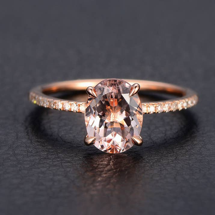 22 Gorgeous Engagement Rings That Won\'t Make You Go Broke