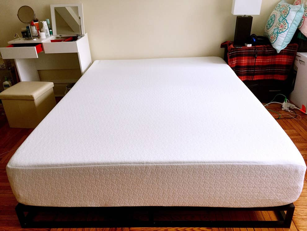 reputable site a4600 57f83 This Affordable Memory-Foam Mattress Will Give You The Best ...