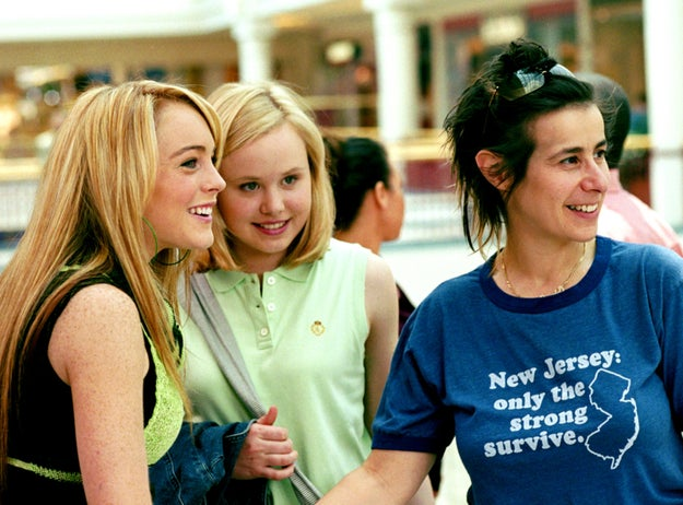 And here she is again! But this time she's on the set of Confessions of a Teenage Drama Queen with costar Alison Pill and director Sara Sugarman.