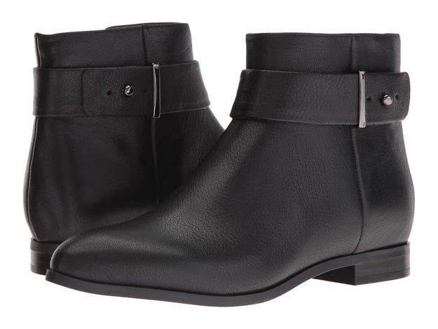 Simple black boots to go with every single pair of skinny jeans you have in your arsenal.