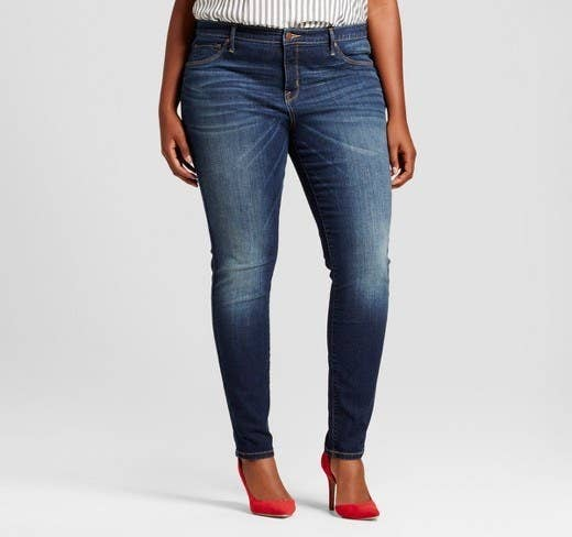 9eaf06e0b2919 20 Ridiculously Comfy Jeans Brands That People Actually Swear By