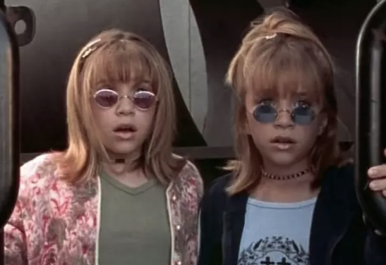 Our founding fathers and pioneers of the teeny baby specs style include both Olsen twins...