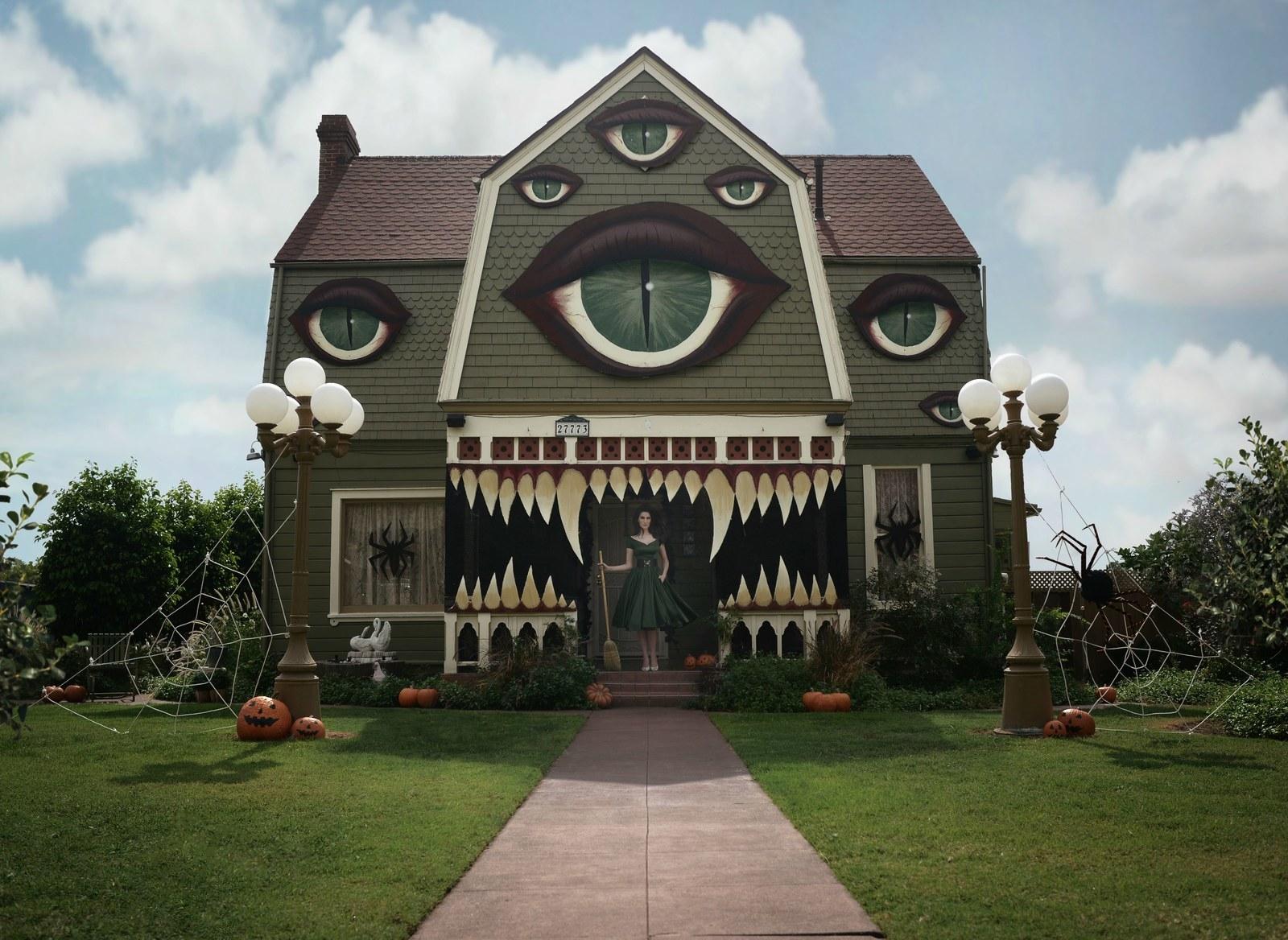 Buzzfeed Halloween Decorations Part - 39: Halloween Decorations In America: