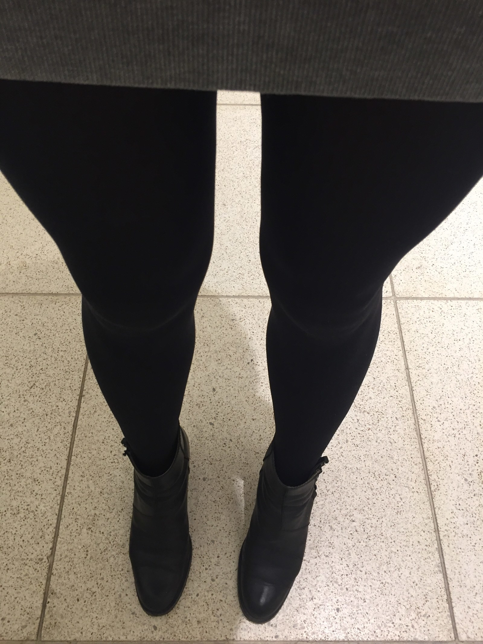 6cd1b17f26b These Tights Are Still Perfect After Nine Years Of Wear