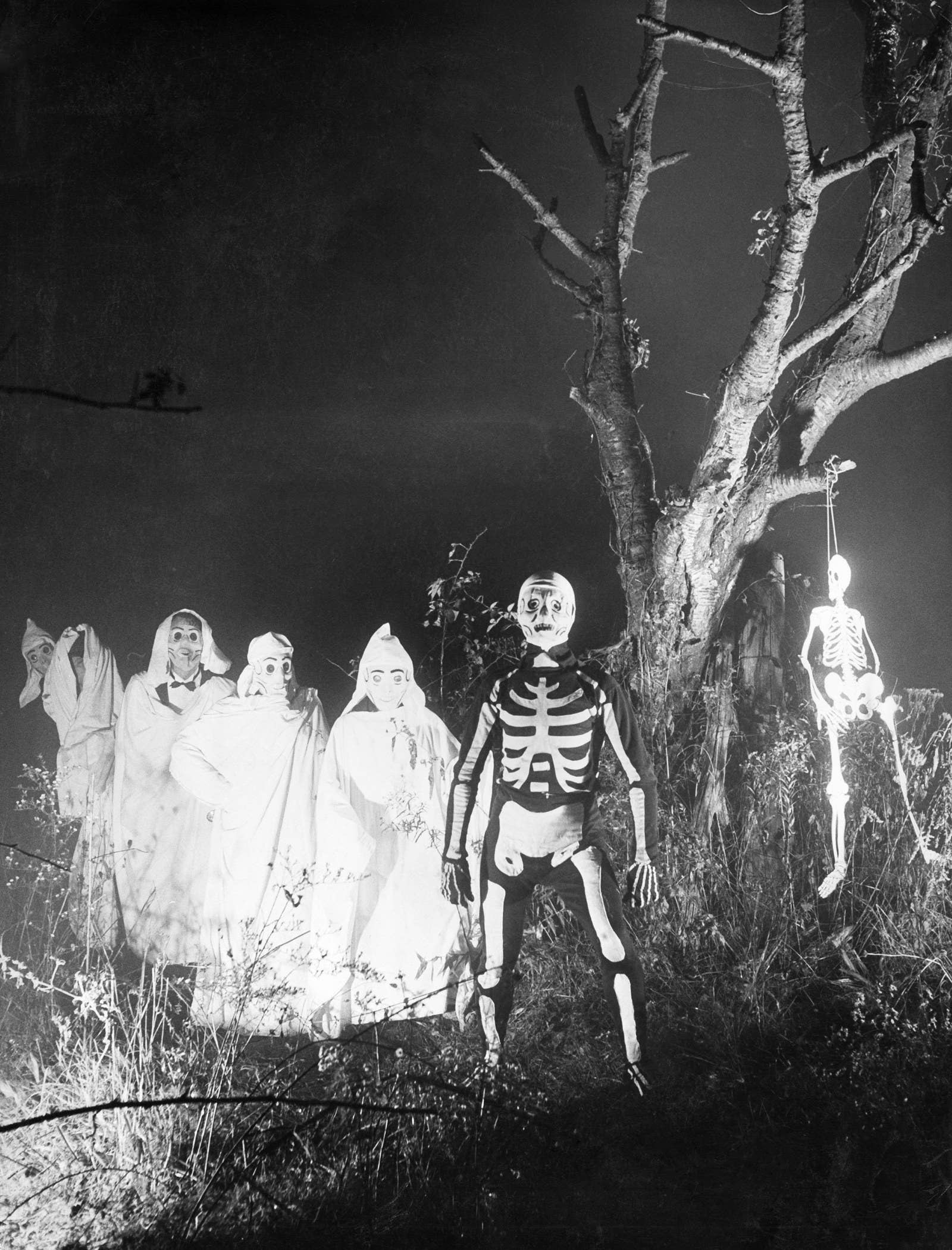 Terrifying Old Photos That Prove Halloween Was Once Scary Af