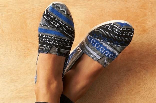 5545467e4e23 16 Of The Best Shoe Brands For Big Feet
