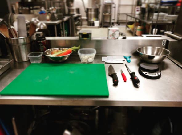 16 Kitchen Organization Tricks I Learned Working In Restaurants