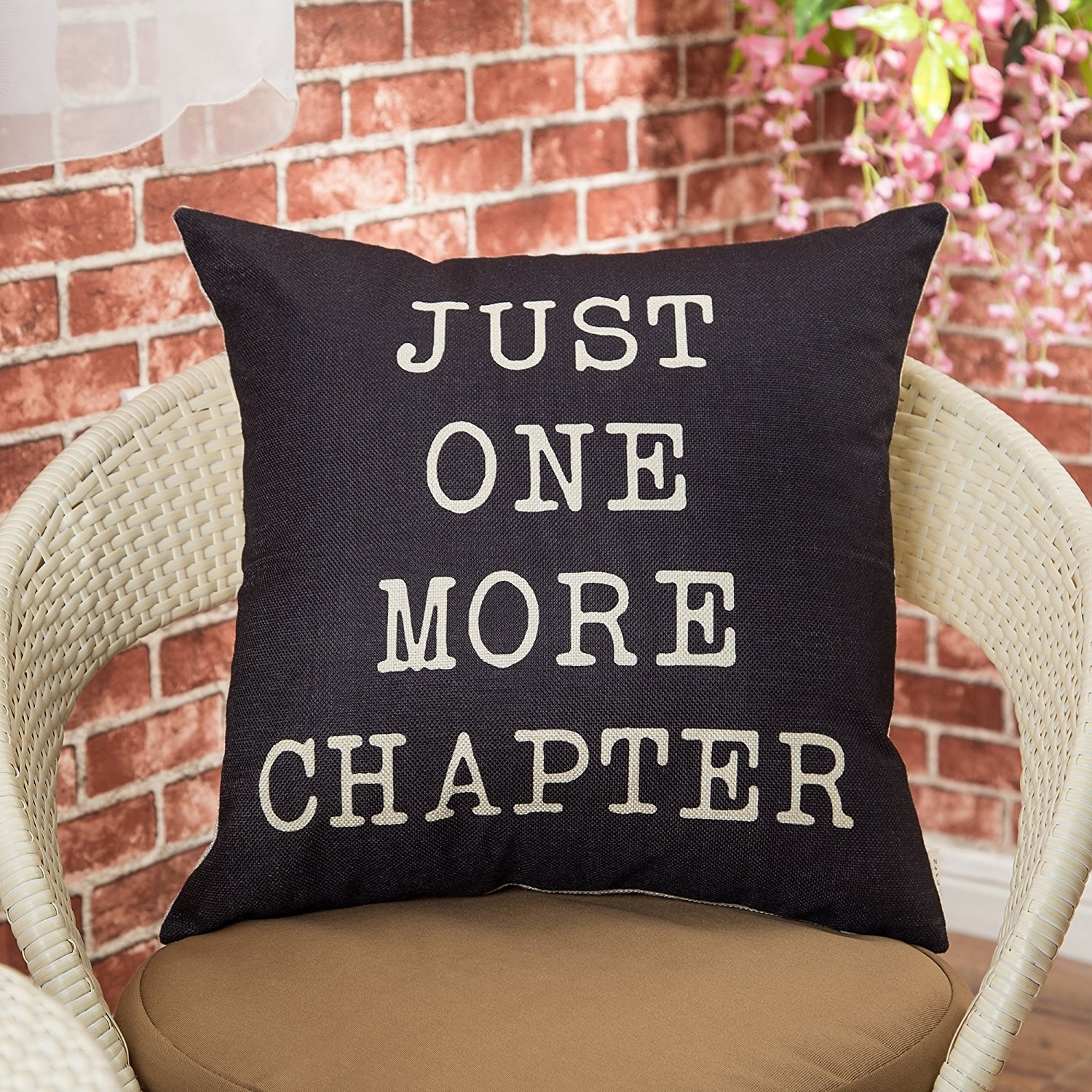 27 Gifts Any Book Lover Should Add To Their Wish List