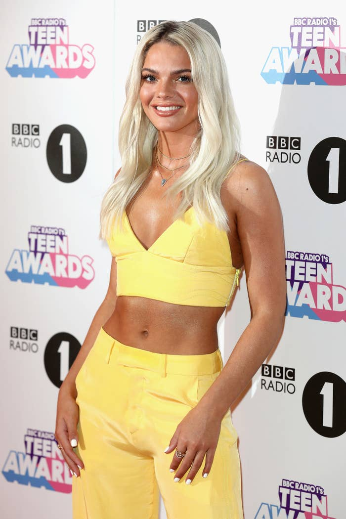 Oh my gays, PREPARE TO GAG, but first, we need to talk about a VOCALIST  named Louisa Johnson: