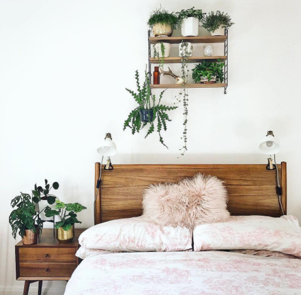 It literally only takes a minute or two and is a small, but effective, way to start off every morning feeling more in control of your space and your schedule. It's also a productive habit that could eventually lead to others. Plus, who doesn't love coming home at the end of a long day to a perfectly made bed?Here are 24 more reasons why making your bed every morning will change your life, in case you need more motivation.