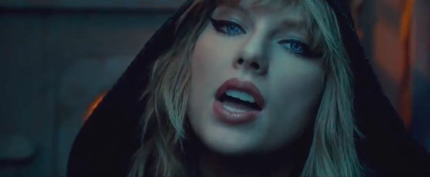 The video starts with a shot of Taylor in a black hood with flickering robot eyes and it gives me serious Blade Runner 2049 vibes.