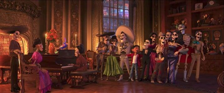 ¡Cantinflas! ¡María Félix! ¡El Santo!
