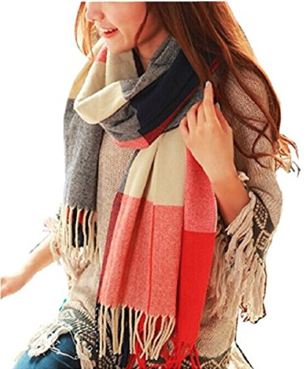 """Promising review: """"Really beautiful scarf, its warm and soft, I have sensitive skin and it doesn't irritate at all. """" –MaoGet it on Amazon £8.99"""