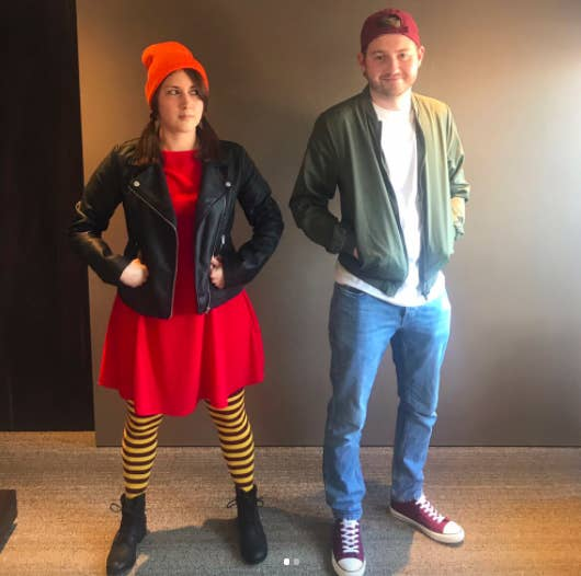 Pueden parecer unos hipsters cualquiera, pero alguien que sepa, reconocerá que son una de las parejas más cool de la tele.