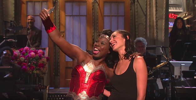 """Okay, TECHNICALLY Leslie was """"Times Square Wonder Woman"""" — one of those actors who stands out on the street and charges you $$$ for selfies. But ya know what?"""