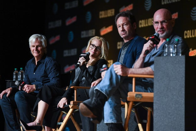 On Sunday at New York Comic-Con, The X-Files creator Chris Carter was joined by cast members Gillian Anderson, David Duchovny, and Mitch Pileggi to talk all things Season 11.
