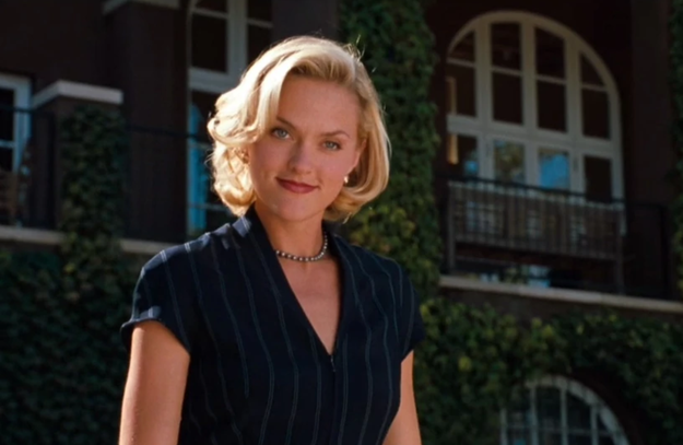 In The Parent Trap, Meredith Blake —wearer of skirt suits and fancy hats — was 26 years old.