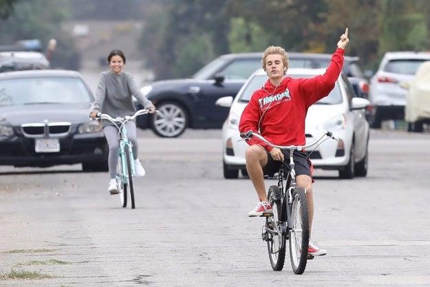 And Selena looks happy???