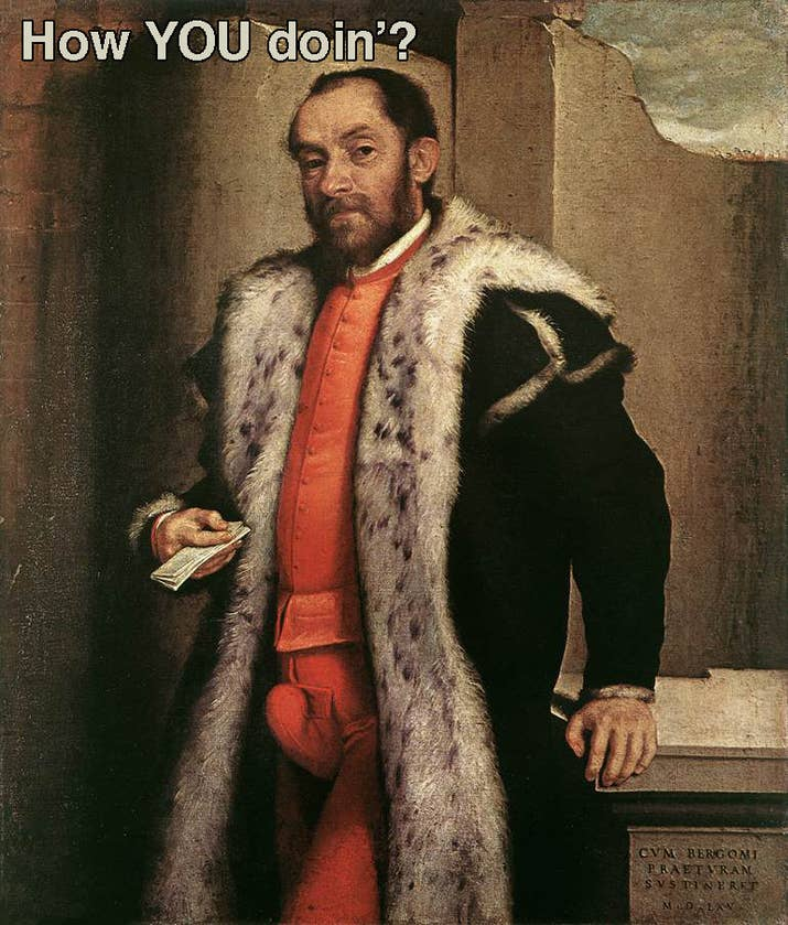 """Durante le reinado de Enrique VIII y hasta poco después de la coronación de Isabel I de Inglaterra, las braguetas de armar excesivamente grandes rellenas con lana y hechas para verse como penes """"alerta y erectos"""" estaban de moda. Curiosamente, la """"reina virgen"""" no estaba de acuerdo con la tendencia, por lo que surgió una nueva moda de braguetas de armar más educada."""