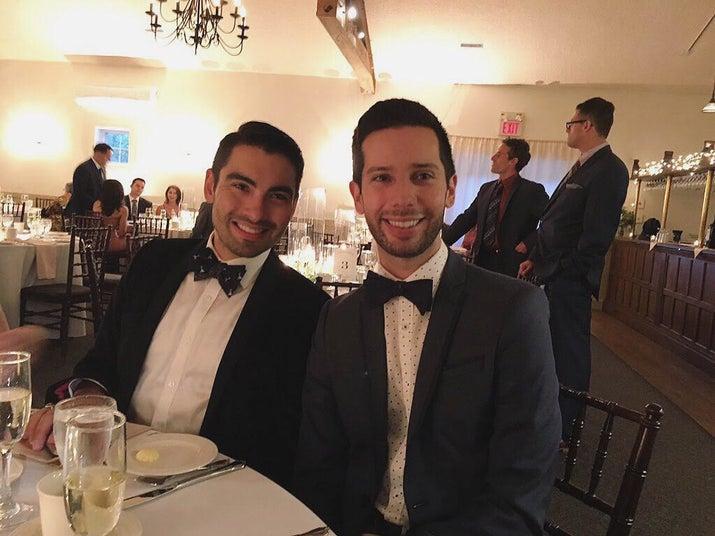 Mike Tague dan Andrew