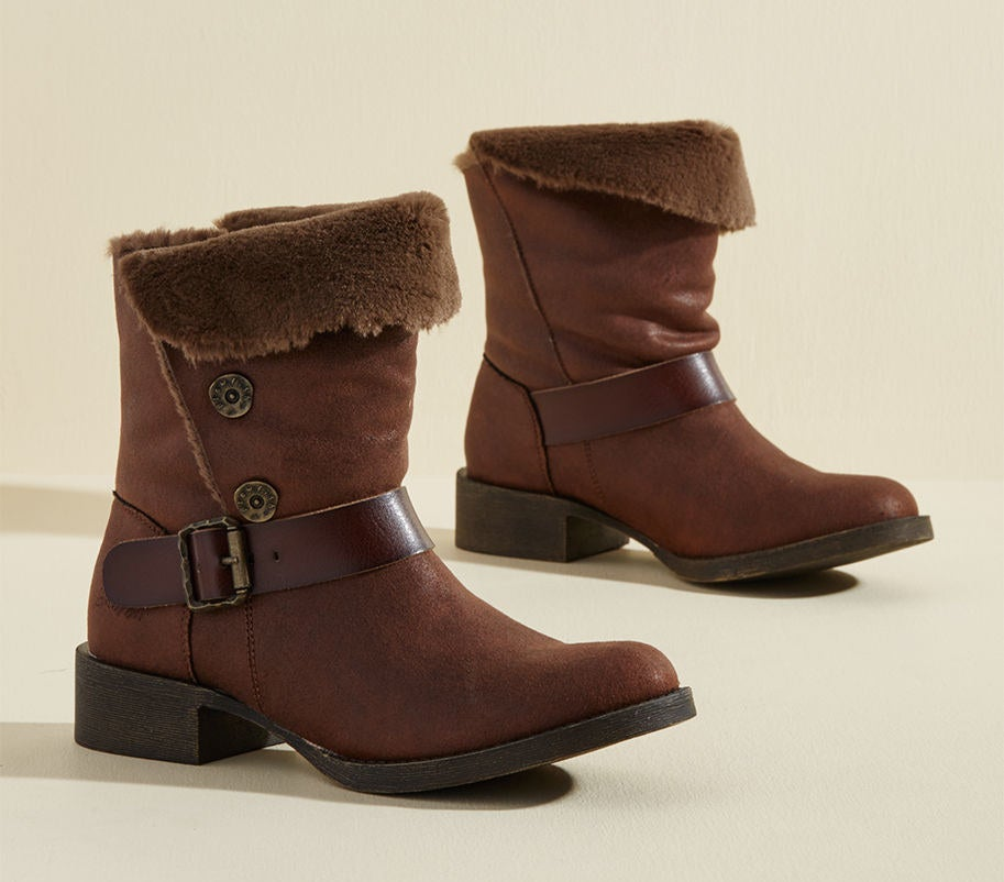27 Stunning Boots That Ll Make You Actually Like Winter
