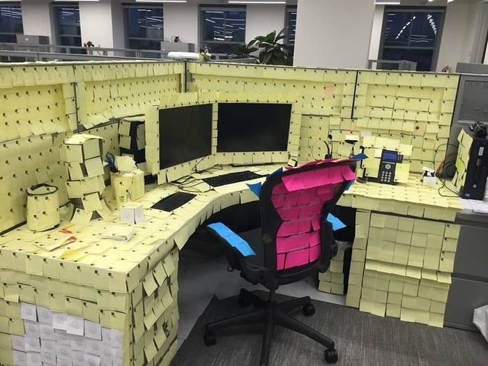 Office Desk Pranks Ideas For 18 In Fact Paper Products Work Really Well When Youu0027re Welcoming Back Coworker From Vacation These 29 Coworker Pranks Will Make You The Jim Halpert Of Your Office