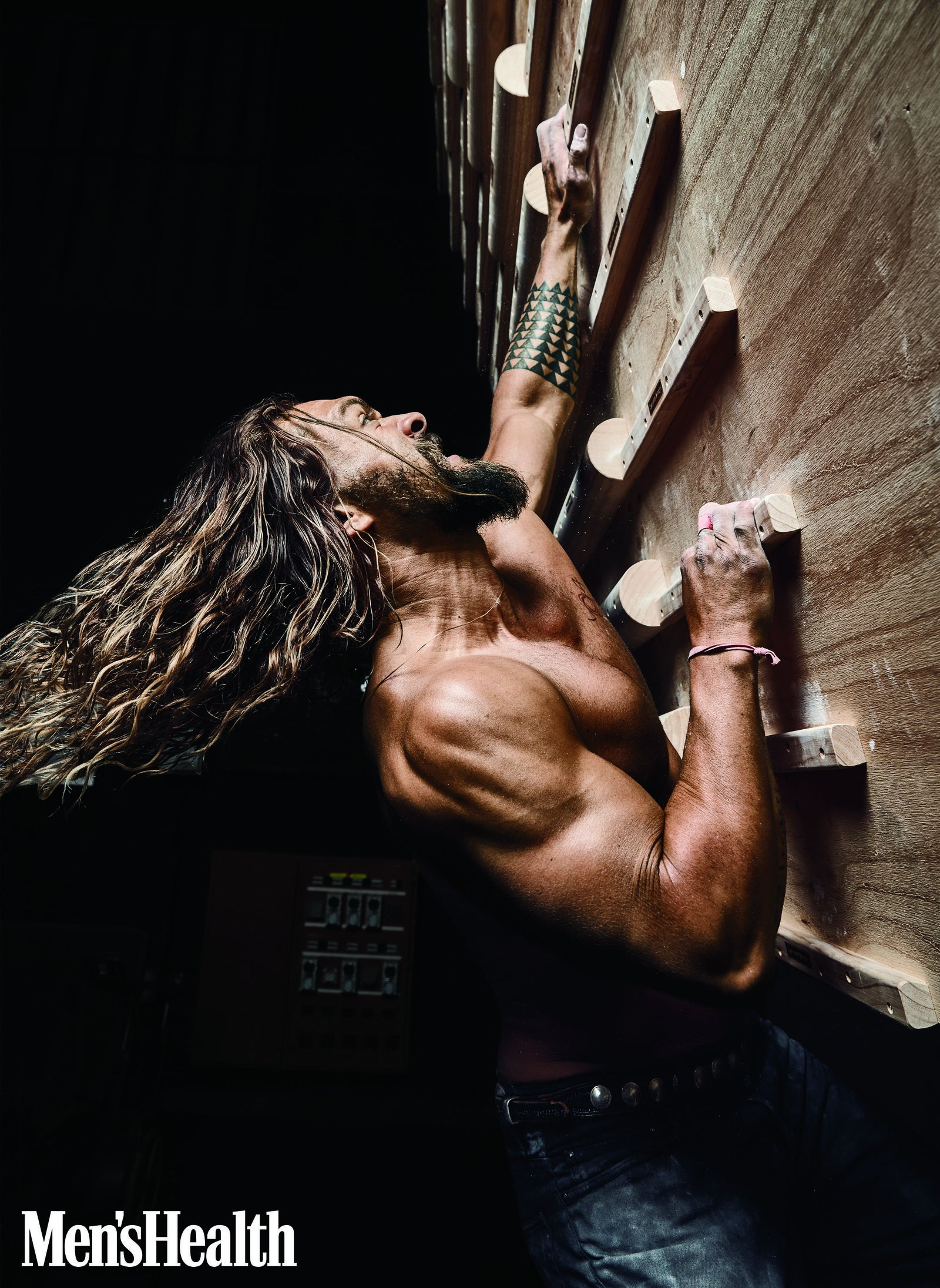 To learn more about Jason Momoa's views on parenthood and learn how to stay in shape, read the rest of his interview with Men & # 39; s Health here.