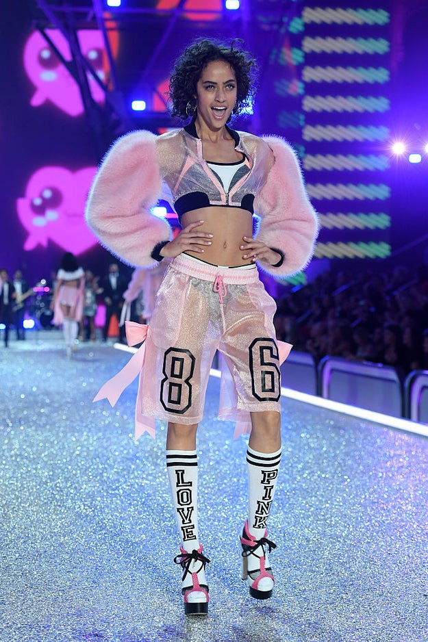 And Alanna Arrington, wearing a fab athletic-inspired get-up, reminiscent of that 1997 sporty look.