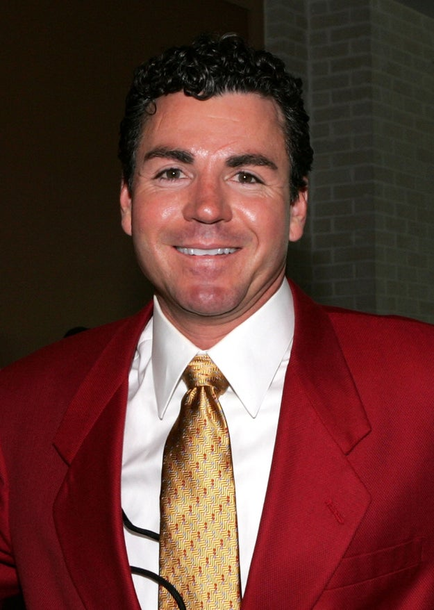 Papa John's Pizza issued an apology Thursday weeks after CEO John Schnatter caused controversy by linking NFL players kneeling during the singing of the national anthem to declining pizza sales.