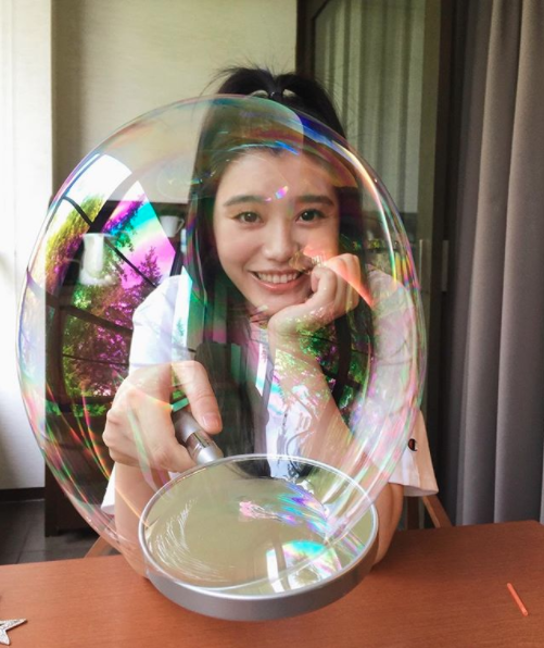 Sooooo, we're currently shopping for bubbles, thx to Ming Xi .