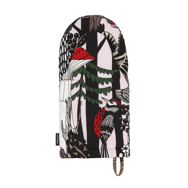 This colourful Marimekko oven mitt that will brighten up every kitchen.