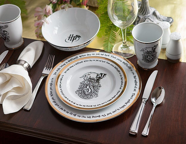 A 16-piece dining set used in the Great Hall. Treacle tarts will magically appear on this dinnerware.