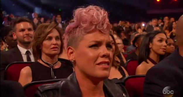 Wrong, because it's 2017 and we can't have nice things. So when Pink pulled faces like this during Christina's tribute to Whitney Houston last night, obviously everyone presumed she was scowling at the star.