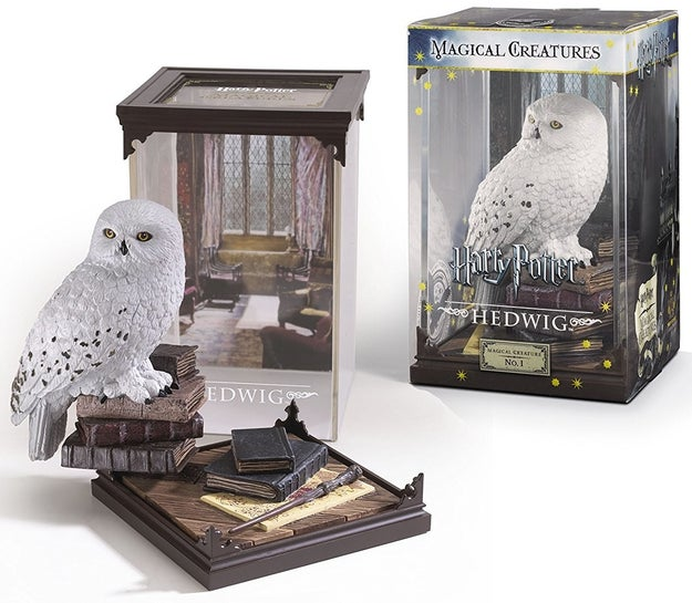 A Hedwig statue willing to fetch your mail in the morning. What a saint, honestly.