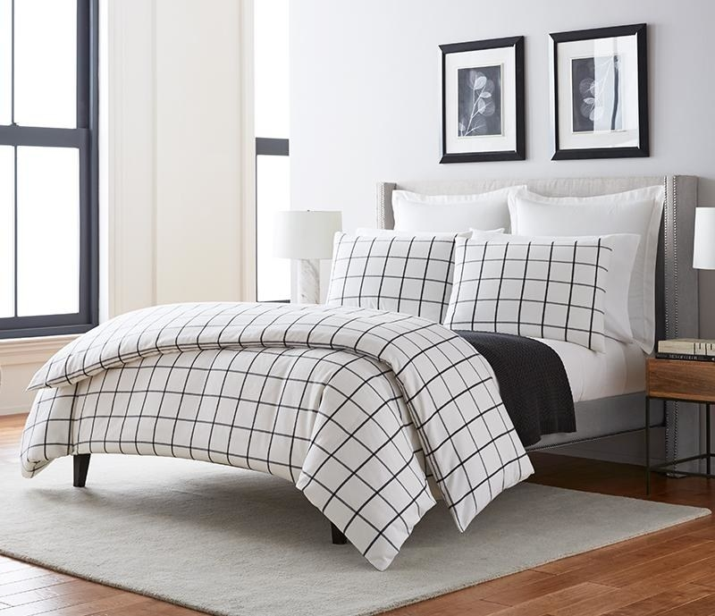 The Pillow Collection Vander Plaid Bedding Sham Blue Standard//20 x 26,