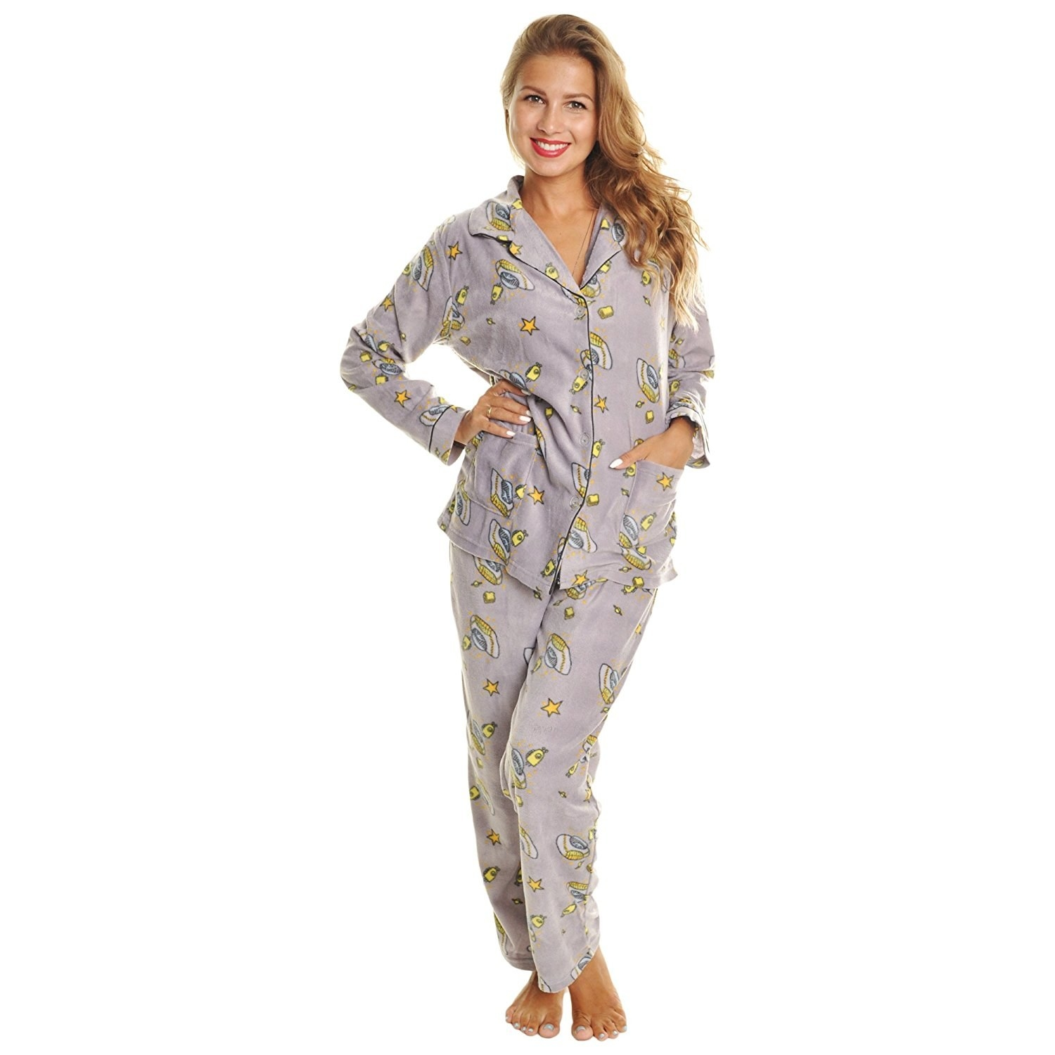 A pajama set sort of out of this world. Don t be worried. Just roll with  it 9e7e49170