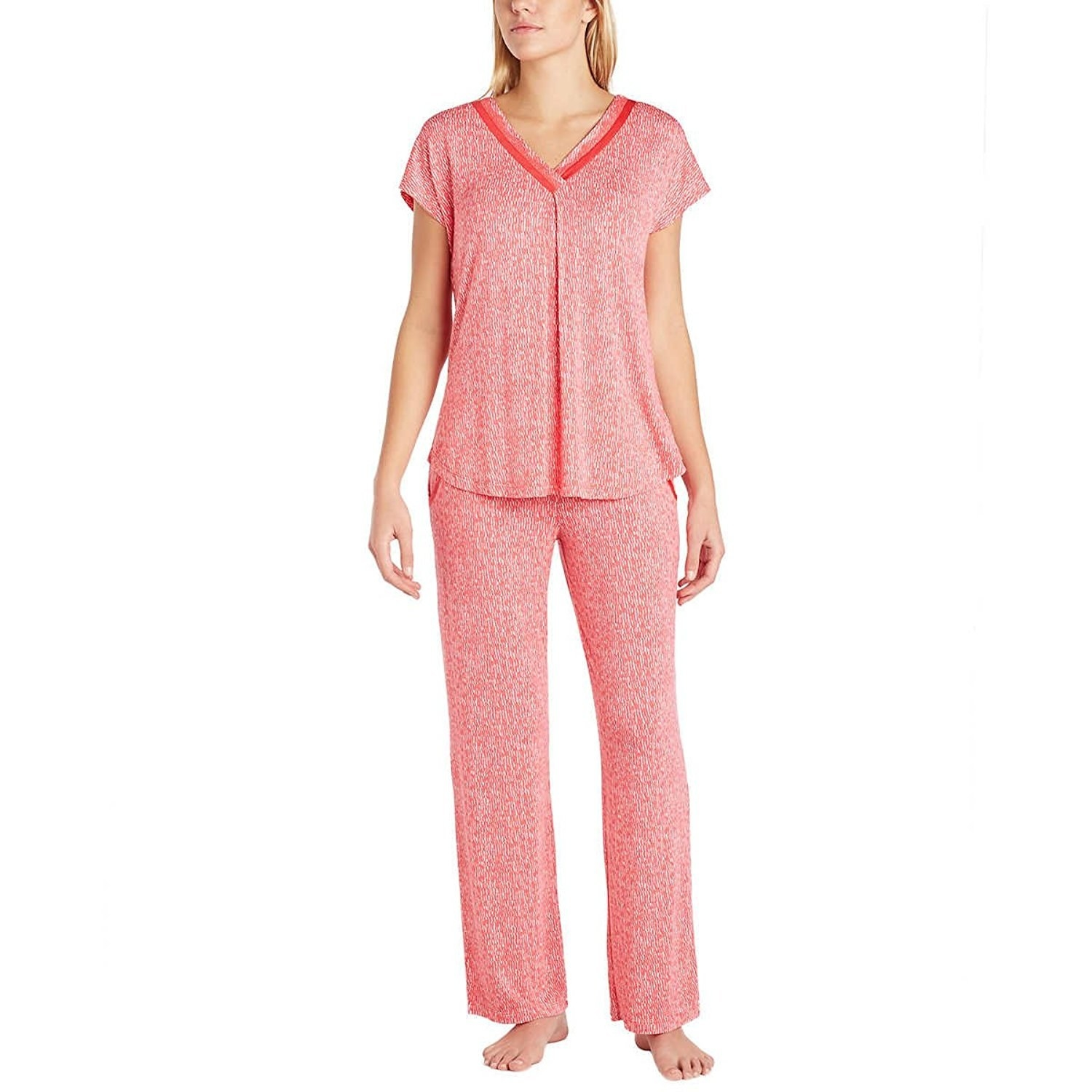 de0fab54ae 27 Cozy Pajamas You ll Want To Hibernate In This Winter